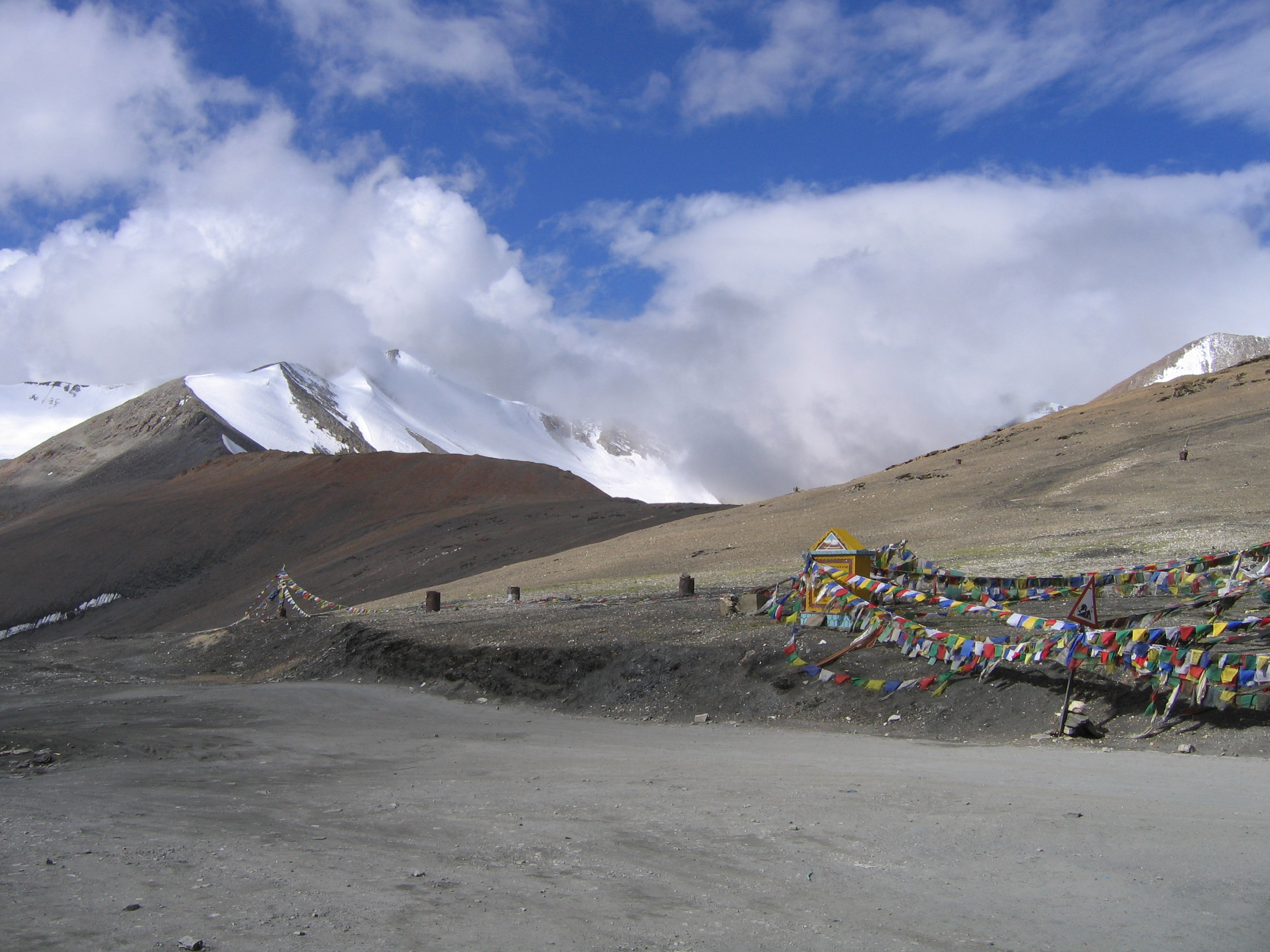 On the roof of the world: Tanglang-La pass with Dev Bhumi!